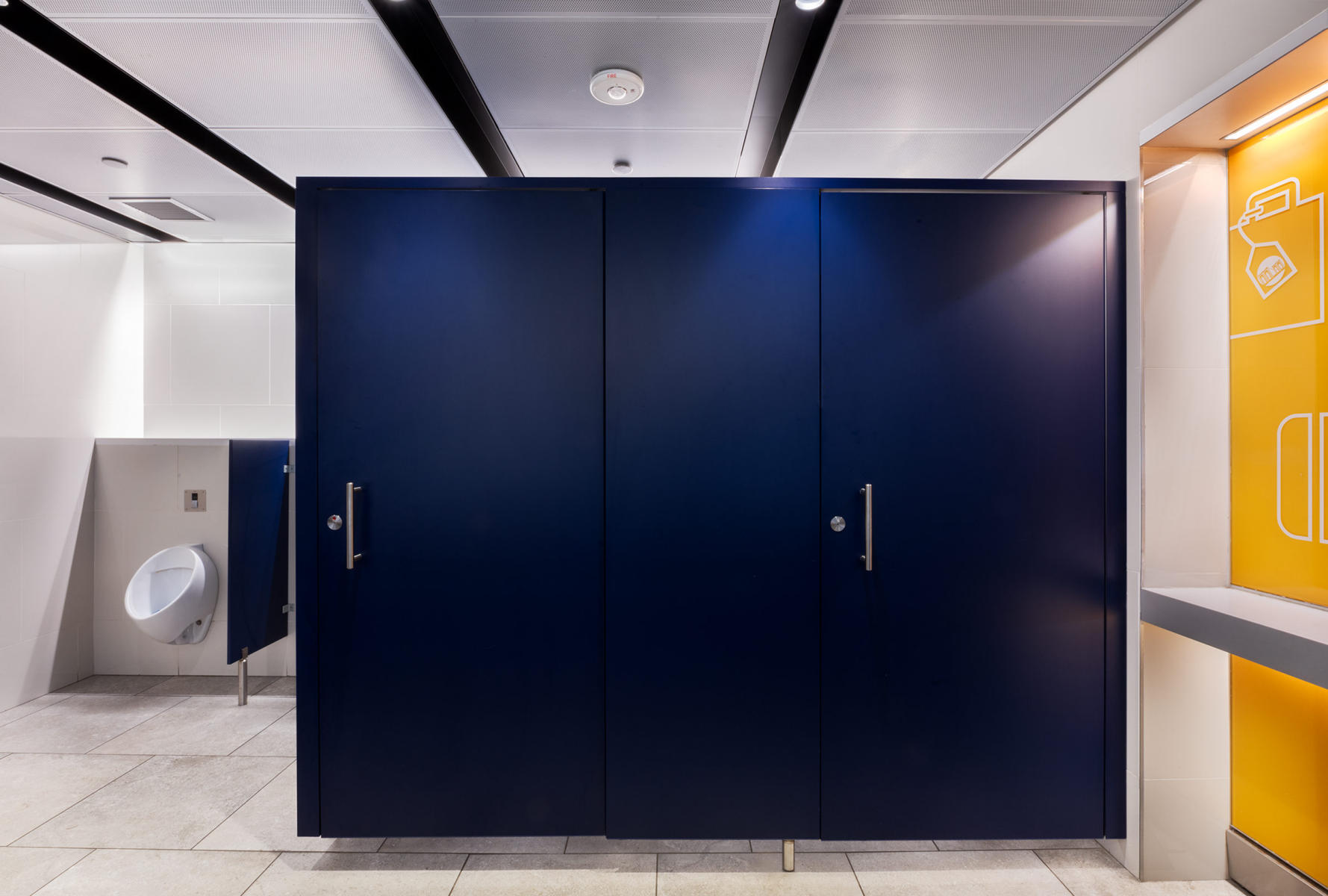JFK Jamaica Airtrain Station - restroom interior. : Port Authority NYNJ : New York NY Architectural Photographer | Interior and Exterior